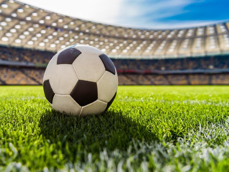 УЕФА назвал условия возобновления футбольных соревнований