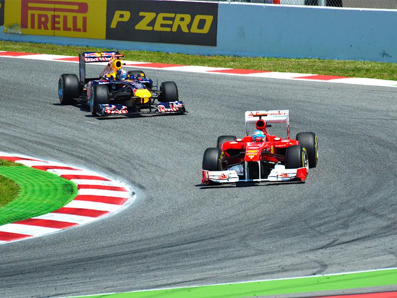 """Команды """"Формулы-1"""" согласились принять пакет мер по сокращению расходов в связи с кризисом, вызванным пандемией коронавируса"""