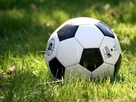 Корейцам велено играть в футбол молча и не плеваться