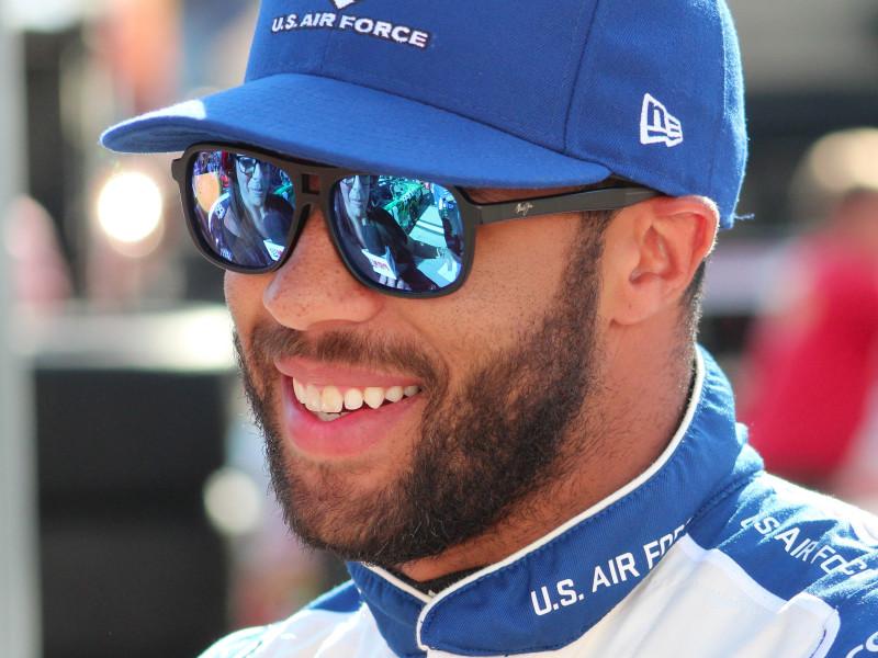 26-летний Даррелл Уоллес является единственным афроамериканским гонщиком в трех дивизионах NASCAR