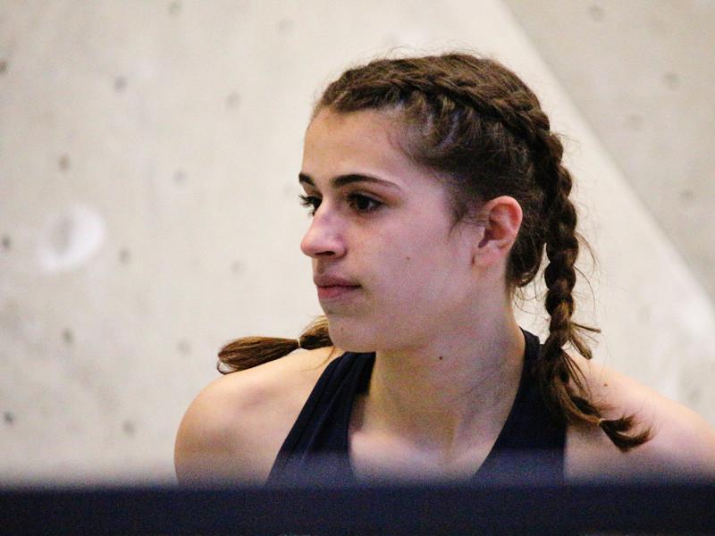 В Альпах разбилась 16-летняя чемпионка мира по скалолазанию
