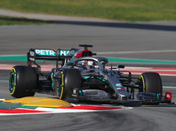 """На автодроме """"Каталунья"""" в Барселоне британский пилот """"Мерседеса"""" Льюис Хэмилтон стал победителем Гран-при Испании чемпионата мира в классе машин """"Формула-1"""""""