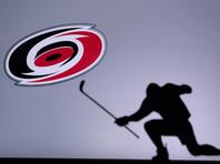 """""""Каролина"""" обыграла """"Нью-Йорк Рейнджерс"""" в третьем матче серии предварительного раунда плей-офф Национальной хоккейной лиги (НХЛ) и вышла в четвертьфинал Восточной конференции"""