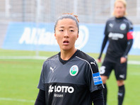 Титулованная японская футболистка будет играть в одной команде с мужчинами