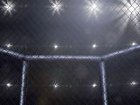 На турнире во Владивостоке бойца ММА отправили в стоячий нокаут в стиле зомби (ВИДЕО)