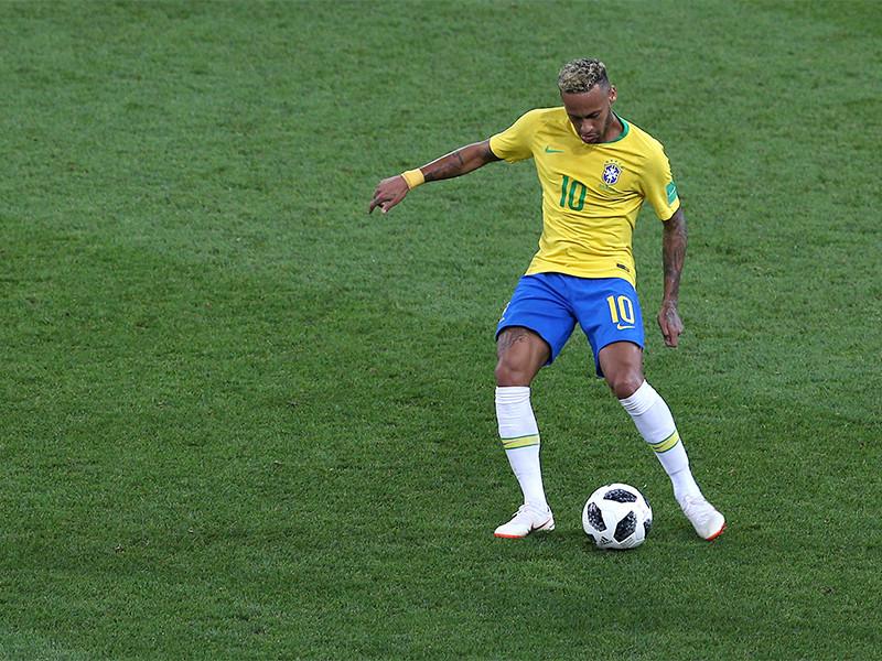 Футболисты сборной Бразилии в Сан-Паулу со счетом 5:0 победили команду Боливии в домашнем матче первого тура южноамериканского отборочного турнира к чемпионату мира 2022 года