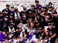 """Баскетболисты """"Лос-Анджелес Лейкерс"""" в 17-й раз стали чемпионами НБА"""