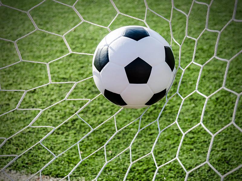 Сборная России по футболу с разгромным счетом проиграла команде Сербии в гостевом матче заключительного тура группового этапа Лиги наций УЕФА, провалив все задачи на текущий сезон