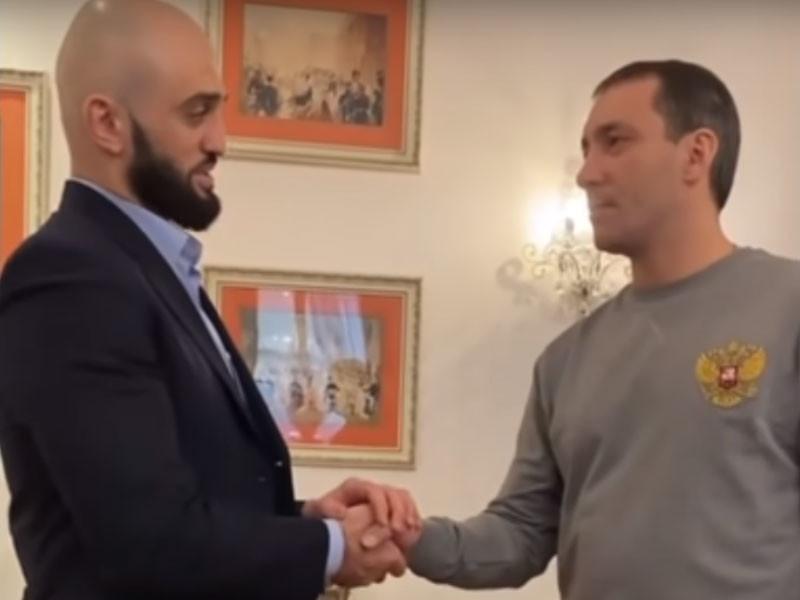 Пострадавший от кулаков Яндиева принес извинения своему обидчику