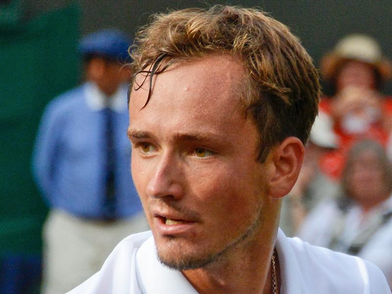 Теннисист Даниил Медведев одержал первую в карьере победу на ATP Finals