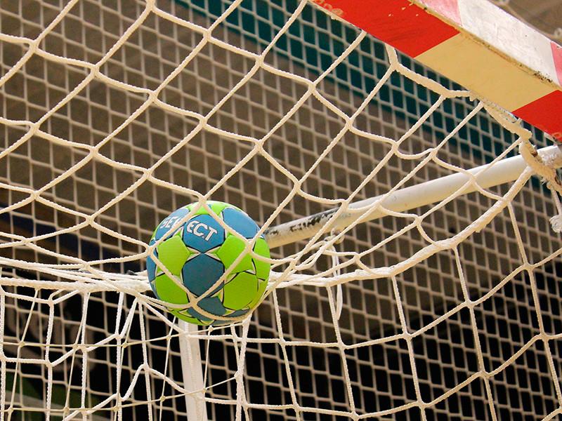 Гандболисткам РФ грозит снятие с чемпионата Европы за нарушение коронавирусного протокола