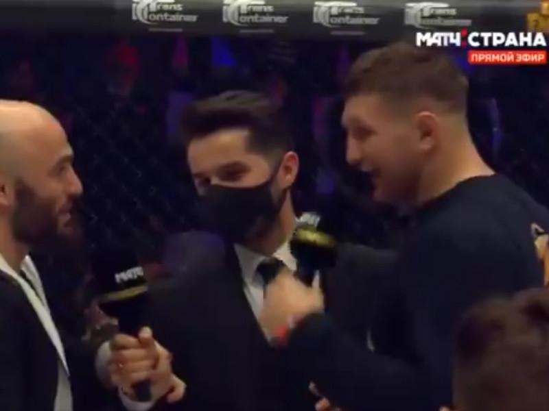 Во время турнира AMC Fight Nights Global Winter Cup в Москве произошла драка между чемпионом промоушена AMC в среднем весе Владимиром Минеевым и средневесом АСА Магомедом Исмаиловым