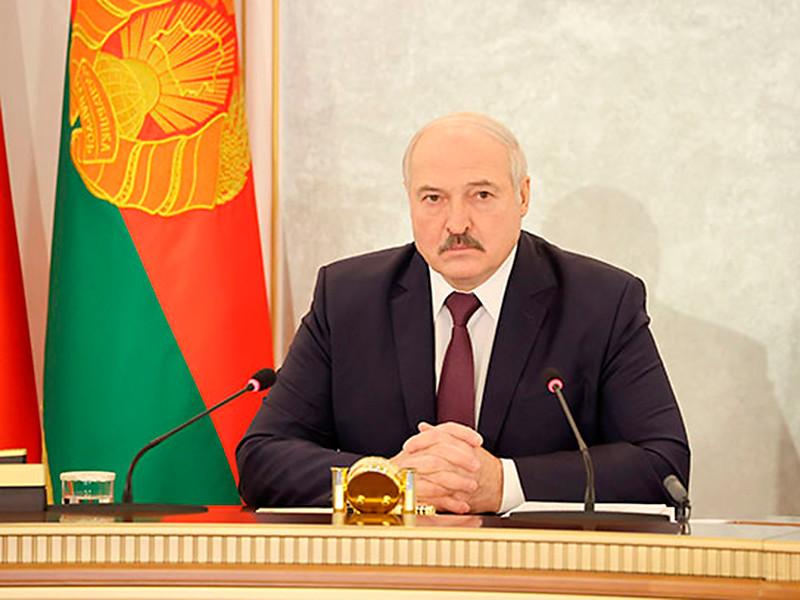 """Лукашенко после введения олимпийских санкций потребовал суда над """"бандой Баха"""""""