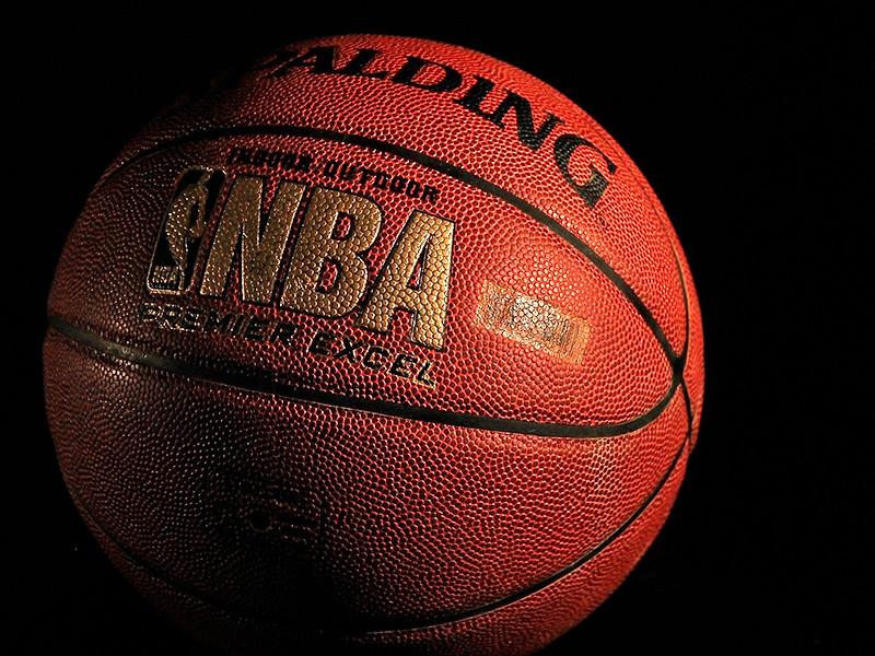 Во вторник игрой в Нью-Йорке стартовал сезон-2020/21 Национальной баскетбольной ассоциации (НБА)