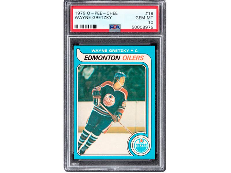Коллекционная карточка 1979 года с изображением легендарного хоккеиста Уэйна Гретцки в 18-летнем возрасте была продана на интернет-аукционе Heritage Auctions за рекордную сумму - 1,29 млн долларов