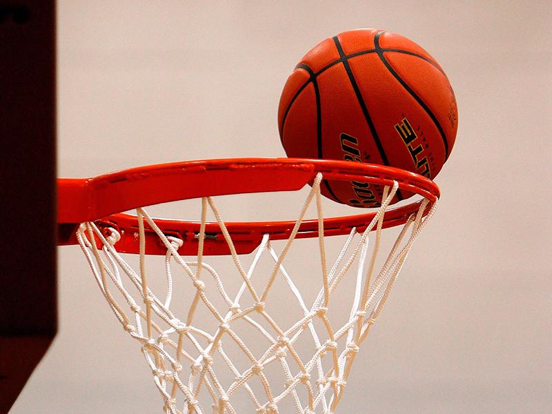 Баскам удалось прервать победную серию ЦСКА в баскетбольной Евролиге