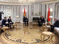 На прошлой неделе президент IIHF Рене Фазель на встрече в Минске с главой белорусского государства пожаловался на давление, оказываемое на федерацию со всех сторон