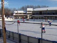 Рекордный по длительности хоккейный матч в Канаде завершился со счетом 2649:2528