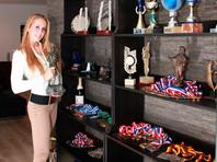 Голландская гимнастка бросила съемки в порно ради карьеры правозащитницы