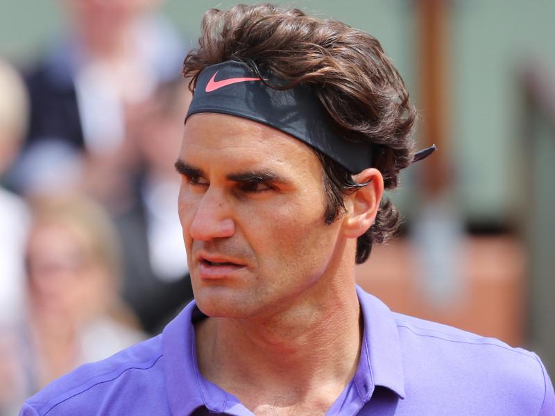 Теннисист Роджер Федерер победил в первом матче за 405 дней