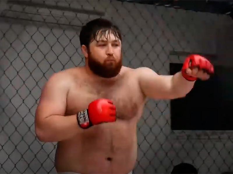 Двукратный чемпион мира по версии FCF MMA Алан Хадзиев