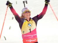 Норвежка Экхофф досрочно победила в общем зачете Кубка мира по биатлону