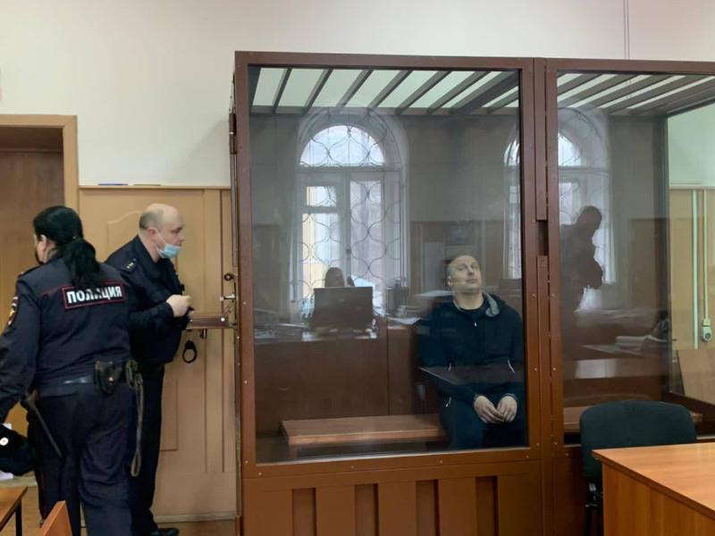 Алексей Власенко, арестованный по обвинению в мошенничестве в особо крупном размере (часть 4 статьи 159 УК РФ), намерен просить следователей отпустить его на Олимпиаду в Токио