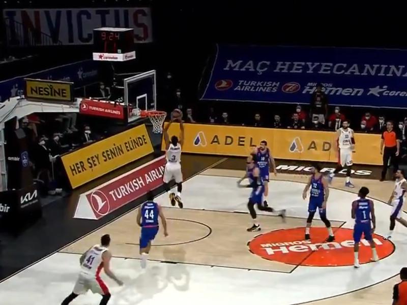 Баскетболисты ЦСКА потерпели крупнейшее поражение в Евролиге