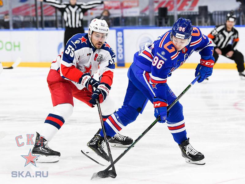 Московский ЦСКА третий раз подряд обыграл питерский СКА в полуфинальной серии плей-офф Континентальной хоккейной лиги