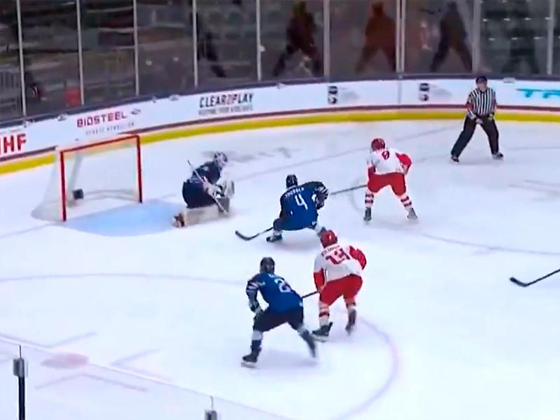 Сборная России по хоккею, составленная из игроков не старше 18 лет, обыграла сверстников из Финляндии в полуфинале чемпионата мира среди юниоров