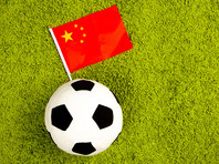 Китайский богач превратил футбольный клуб в игрушку для своего 126-килограммового сына