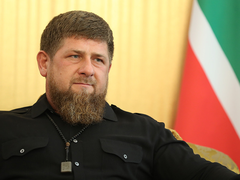 """Кадыров предложил Хабибу Нурмагомедову """"любые деньги"""" за поединок в Грозном"""