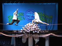 В Хьюстоне цирковая гимнастка Анна Лебедева вышла замуж под куполом цирка