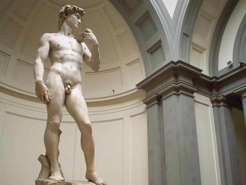 В Петербурге пройдет голосование по поводу пениса статуи Давида - портит ли он исторический вид города и уродует ли детские души