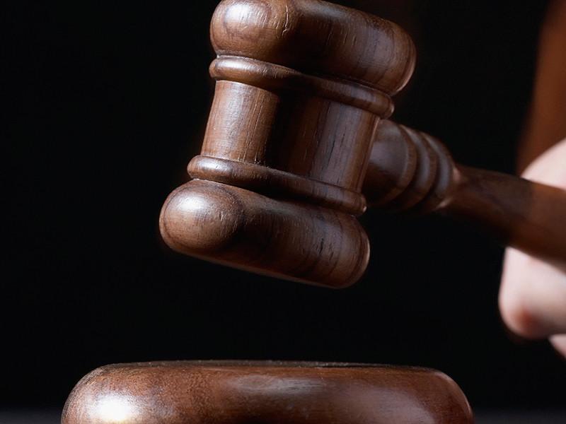 Художник Питер Дойг доказал в суде, что он не писал картину, оцениваемую в 10 млн долларов