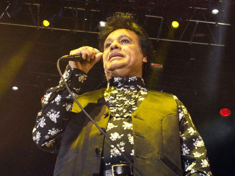 В США скончался всемирно известный мексиканский певец Хуан Габриэль