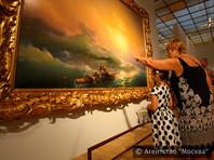 Приуроченная к 200-летию Айвазовского выставка, на которой представлено 150 картин и 55 графических произведений, открылась в Москве 29 июля. Работы собрали из 17 музеев и шести частных коллекций