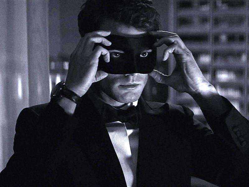 """Трейлер """"На пятьдесят оттенков темнее"""" побил рекорд седьмого эпизода """"Звездных войн"""""""