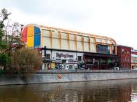 Член Совета Федерации Елена Мизулина требует закрыть выставку фотографа Джока Стерджеса в Центре фотографии имени братьев Люмьер в Москве
