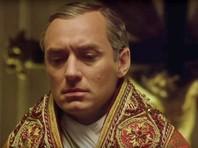 На премьеру сериала о  Римском Папе в Венеции пришли манекенщицы без белья (ФОТО)