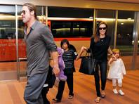 Брэд Питт обвинен в жестоком обращении с детьми после истерики в самолете