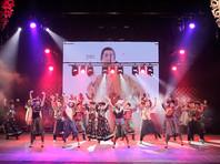 """Театр """"Байкал"""" завершил концерт в честь открытия сезона пародией на конкурента Gangnam Style"""