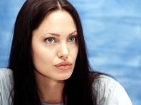 В США обнародована аудиозапись, которая должна доказать, что Анджелина Джоли оболгала Брэда Питта, а инцидента с сыном не было