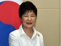 Президент Южной Кореи, посещая элитную клинику омоложения в Сеуле, представлялась знаменитой корейской актрисой