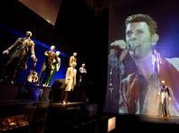 Выставка о Дэвиде Боуи побила рекорд посещаемости за всю историю Музея Виктории и Альберта