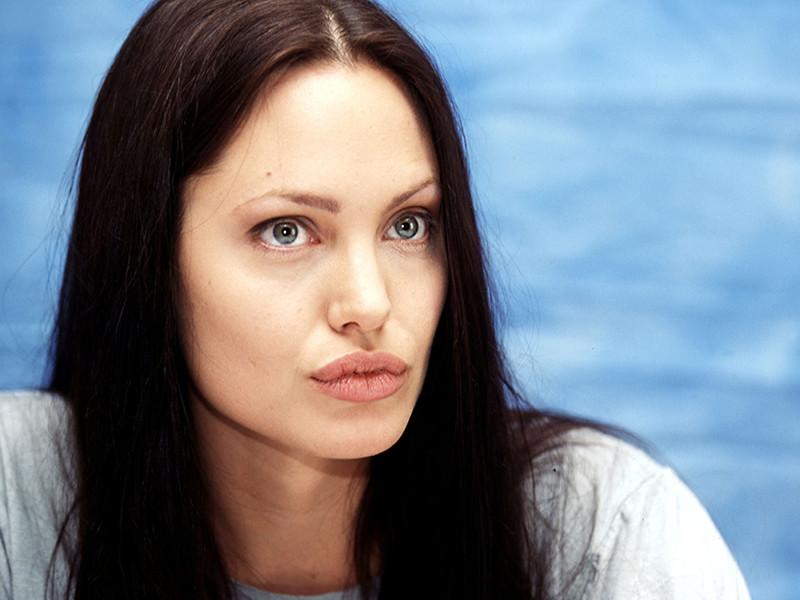 В США обнародована аудиозапись, которая должна доказать, что Анджелина Джоли оболгала Бреда Питта