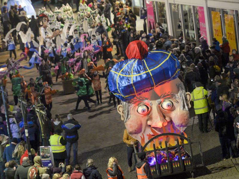 Карнавал, приуроченный к 258-му дню рождения поэта Роберта Бернса, Шотландия, 22 января 2017 года