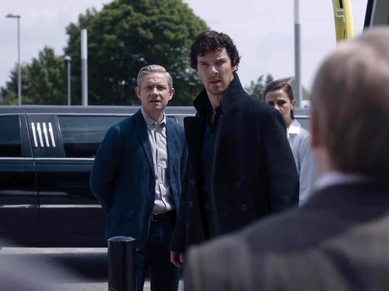 """После завершения четвертого сезона сериала """"Шерлок"""" на BBC его создатели,Стивен Моффат и Марк Гейтис, отказались давать однозначные ответы по поводу продолжения"""