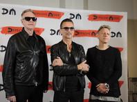 Поклонники Depeche Mode смогут вести Facebook своих кумиров