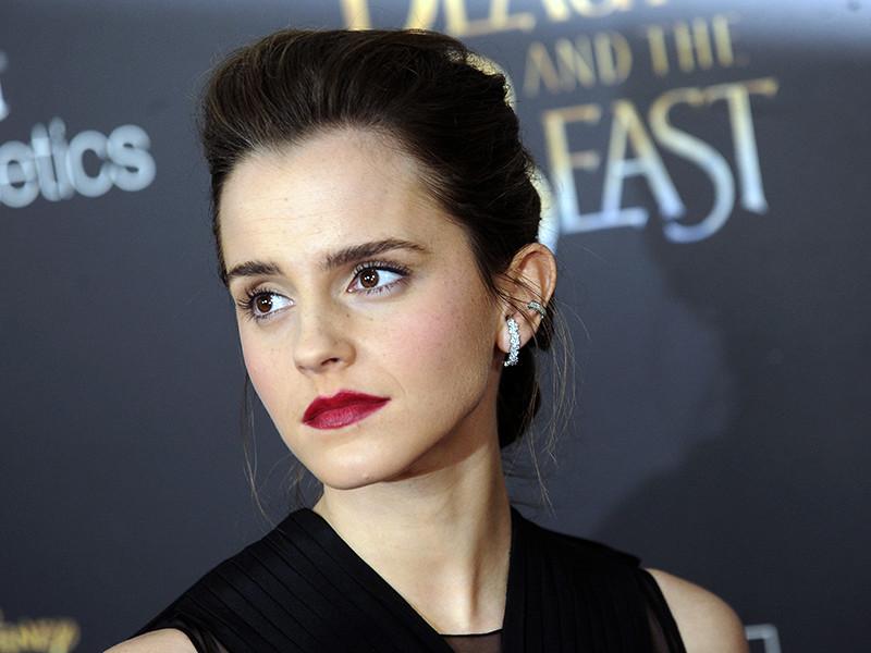 """Уотсон отклонила предложение сниматься в оскароносном """"Ла-ла Лэнде"""" и запросила скромный гонорар в 20 млн долларов за роль Белль. Однако благодаря проценту от прибыли """"Красавицы и чудовище"""" она смогла вернуть себе первое место в рейтинге"""